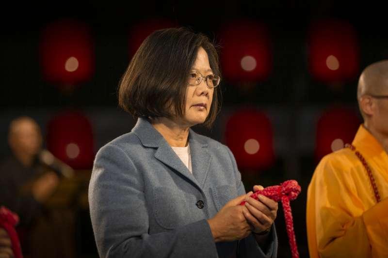 2020年1月24日,蔡英文總統出席「法鼓山」除夕撞鐘跨年祈福活動(總統府)