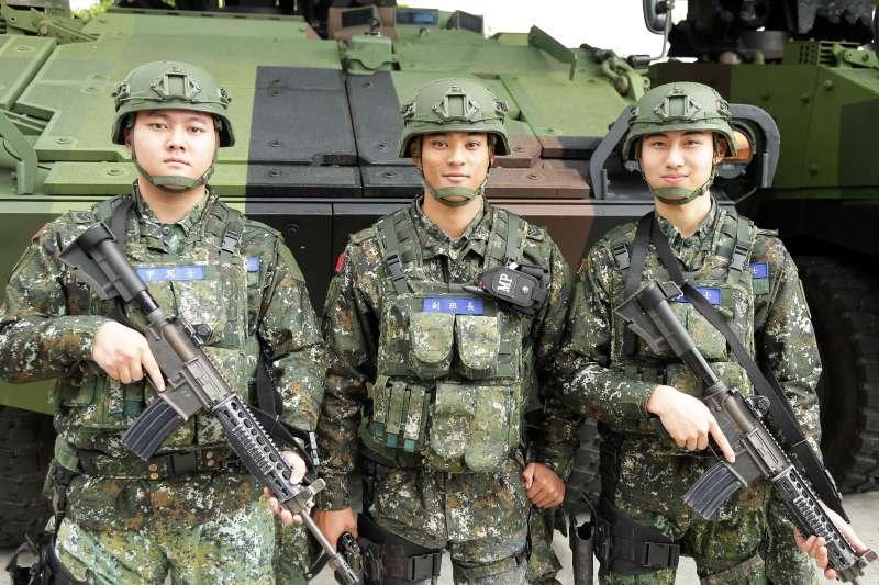 20200126-憲兵239營任務、勤務繁重,但官兵仍勤訓精練,用高昂戰志確保衛戍區萬全。(軍聞社提供)