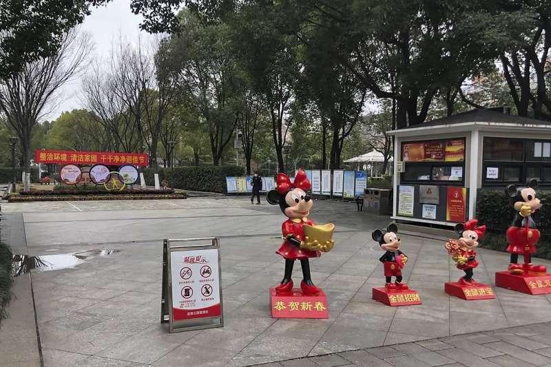 中國武漢肺炎疫情惡化擴散,封城後市區有如空城(AP)