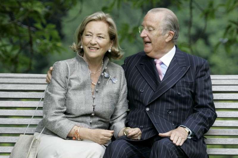 比利時前國王阿爾貝二世與王后寶拉(AP)