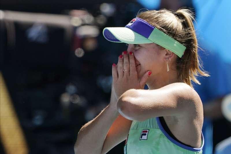 美國小將科甯在澳網女單4強戰擊敗球后巴蒂,生涯首度打進大滿貫決賽。(美聯社)