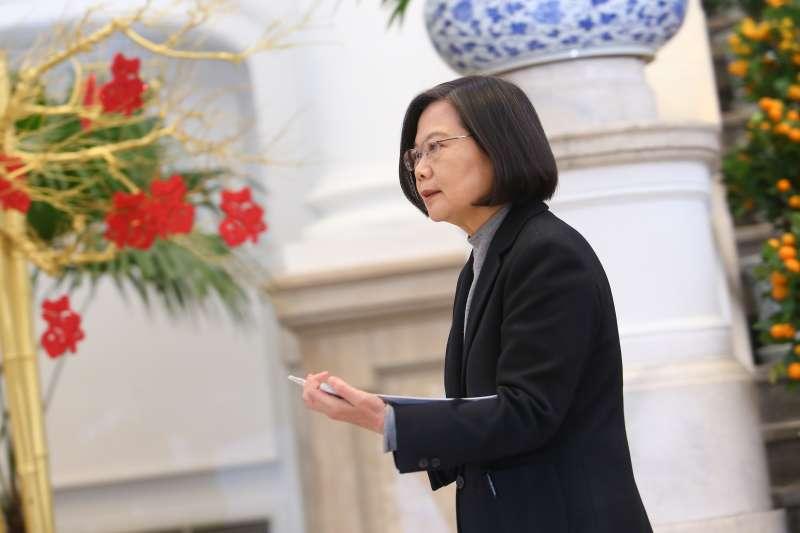 武漢肺炎》8措施因應經濟衝擊 蔡英文指示行政院研議規劃特別預算-風傳媒