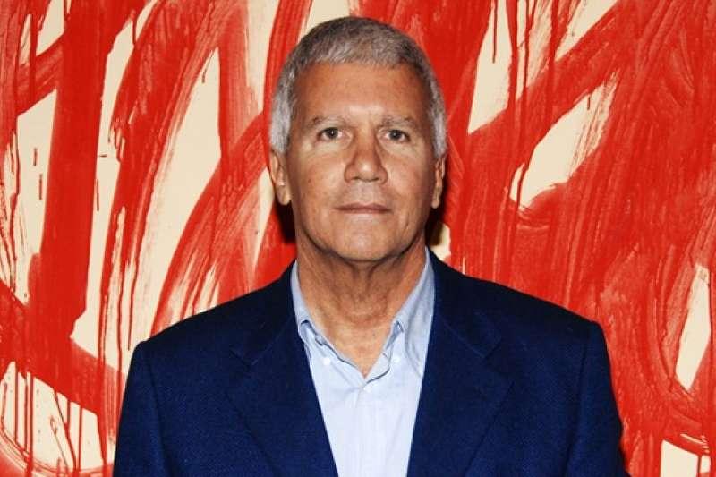 今年屆齡75歲的高古軒封為全球首屈一指的頂級畫商,坐擁17間畫廊、兩百多位員工。(圖取自網路)