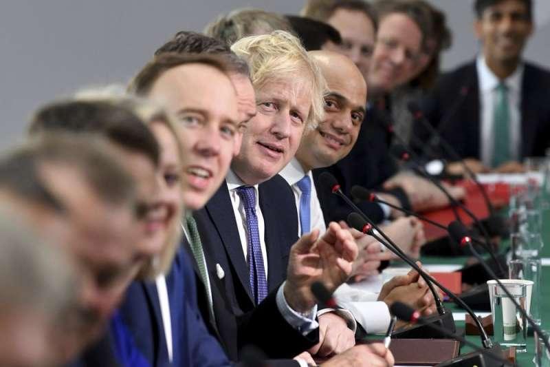 英國首相強森、英國在當地時間1月31日晚間11時(台灣時間上午7時)正式脫離歐洲聯盟,結束47年的成員國身分
