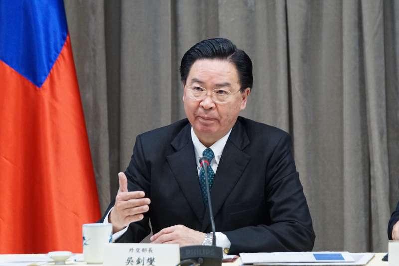 20200202-外交部長吳釗燮2日出席「因武漢肺炎航班停飛」記者會。(盧逸峰攝)