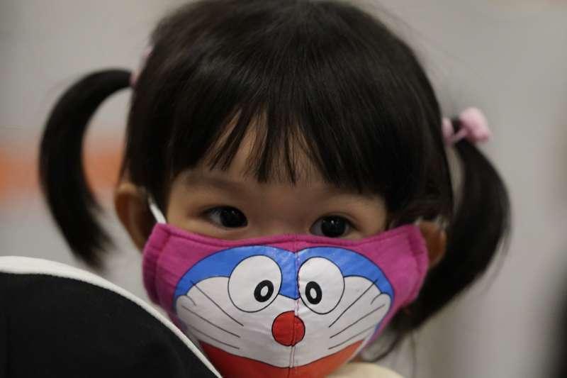 中國各級學校為免學生因延後開學失去競爭力,倡議「停課不停學」,沒想到卻引來學生不滿。示意圖。(AP)