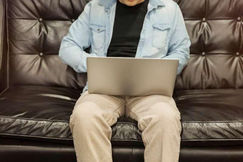 中國不少企業為防堵武漢肺炎疫情改為居家上班。(圖片取自StockSnap)