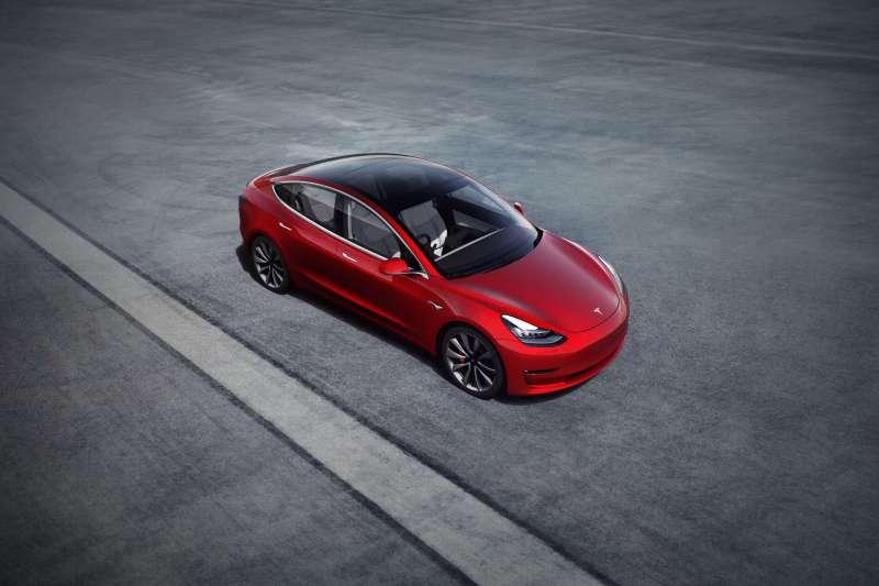 Model 3第四季交車輛出爐!(資料照,圖/ Tesla)