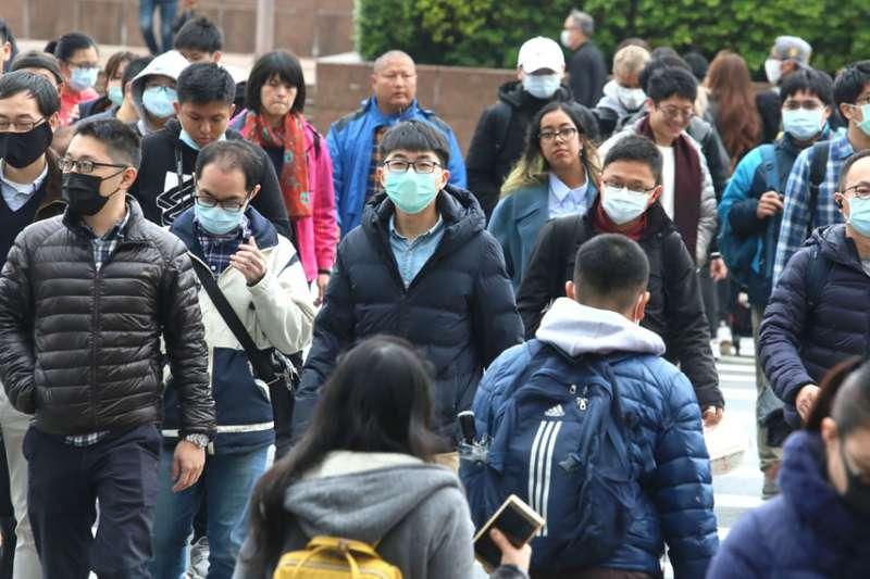台灣目前對武漢肺炎疫情的控制算是成功,但口罩之亂引起大眾恐慌。(柯承惠攝)