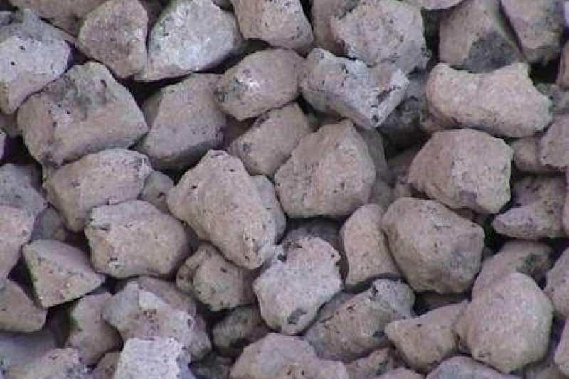 中鋼利用轉爐石製成的消波塊,成為新環保材質。。(圖/中聯資源公司提供)