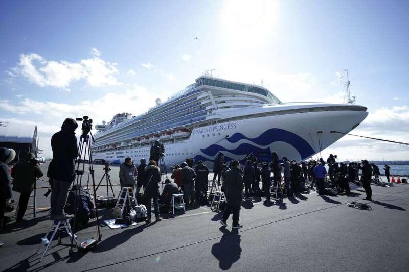 停靠橫濱港的「鑽石公主號」傳出多起確認病例,日前一度停靠基隆港。對此,台灣民眾黨立院黨團提出3點呼籲。(資料照,美聯社)