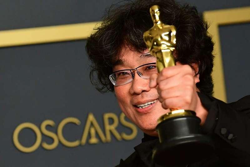 第92屆奧斯卡金像獎,韓國導演奉俊昊以《寄生上流》一舉奪下四座大獎。(圖/IMDb)