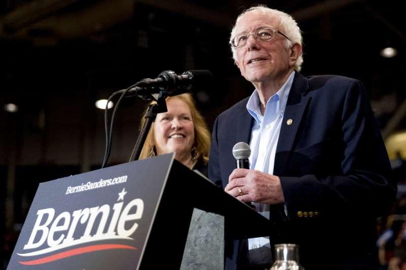 美國新罕布夏州總統初選12日揭曉,民主黨佛蒙特州參議員桑德斯贏得最多票。(AP)