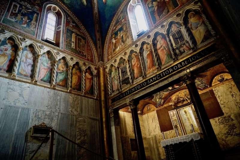 羅馬的至聖小堂(曾廣儀攝)