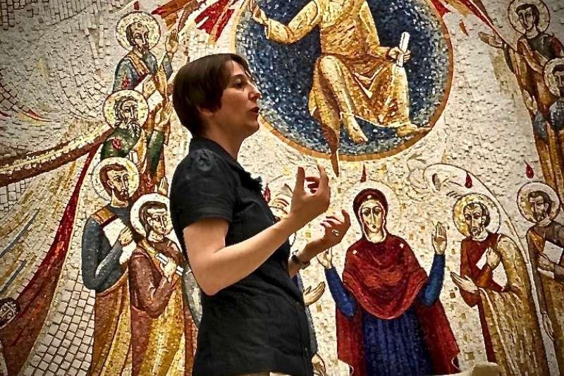 聖座傳媒部神學牧靈主任高維卡爾女士(曾廣儀攝)