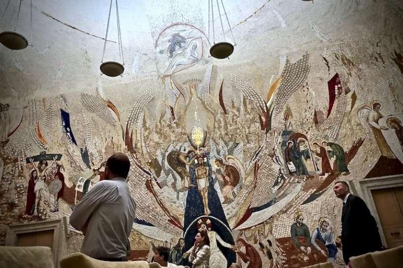 魯普尼克神父的「耶穌基督化身成人降生於世」(曾廣儀攝)