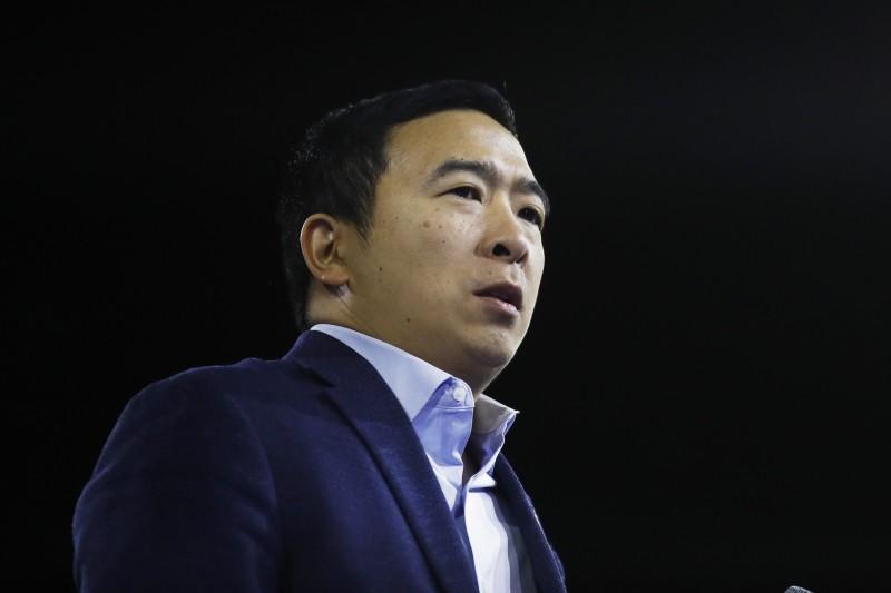 楊安澤在上個月退出美國民主黨總統提名的初選,但他具有先知性的想法,不論美國總統大選結果為何,都能在美國政壇中受到更多關注。(資料照,美聯社)