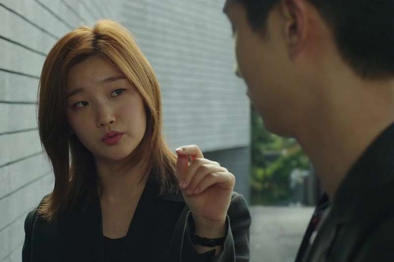 在甫獲奧斯卡四項大獎的韓國電影《寄生上流》裡,導演奉俊昊讓來自韓德爾歌劇《羅德琳達》的兩段詠嘆調,呼應著全片兩處關鍵轉折的情節。(圖/imdb)