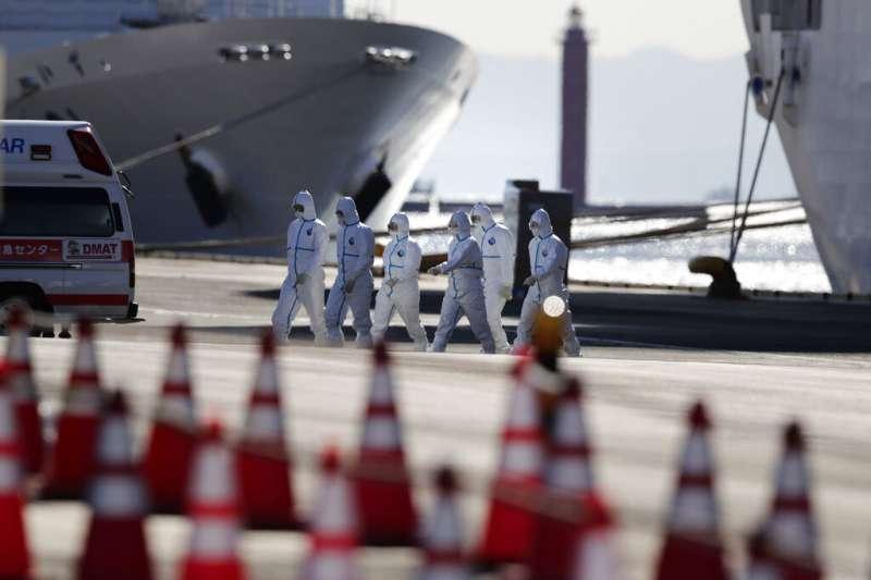 鑽石公主號的隔離作法受到船上乘員的批評,國際社會也出現質疑聲浪。(美聯社)