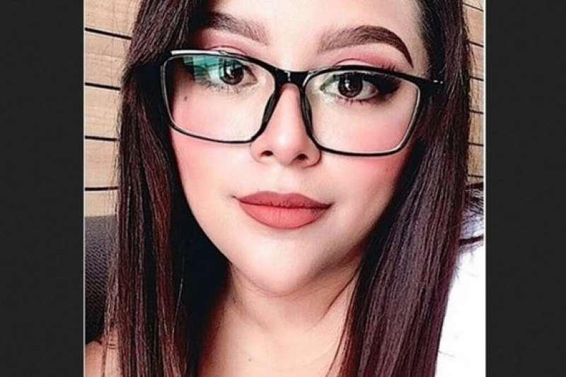 墨西哥25歲女子英格麗‧艾斯卡蜜拉遭到同居人殘忍殺害。(取自You Tube)
