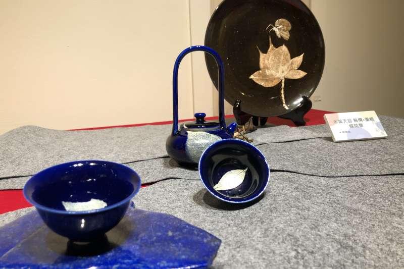 新北客家文化園區辦「陶の彩衣-新北市陶瓷釉藥研究協會會員聯展」,此為作品《木葉天目系列》。(圖/新北市客家局提供)