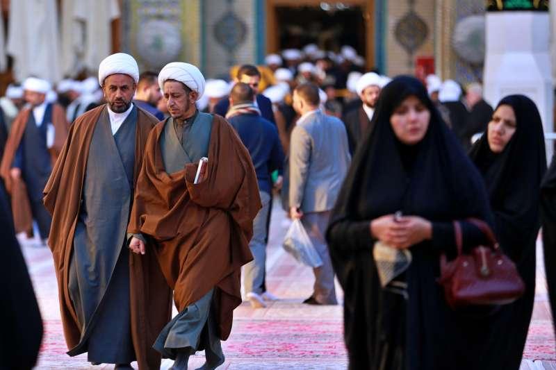 伊朗雖然沒有新冠肺炎病例,經濟卻因為中國需求下滑而受重創。(AP)