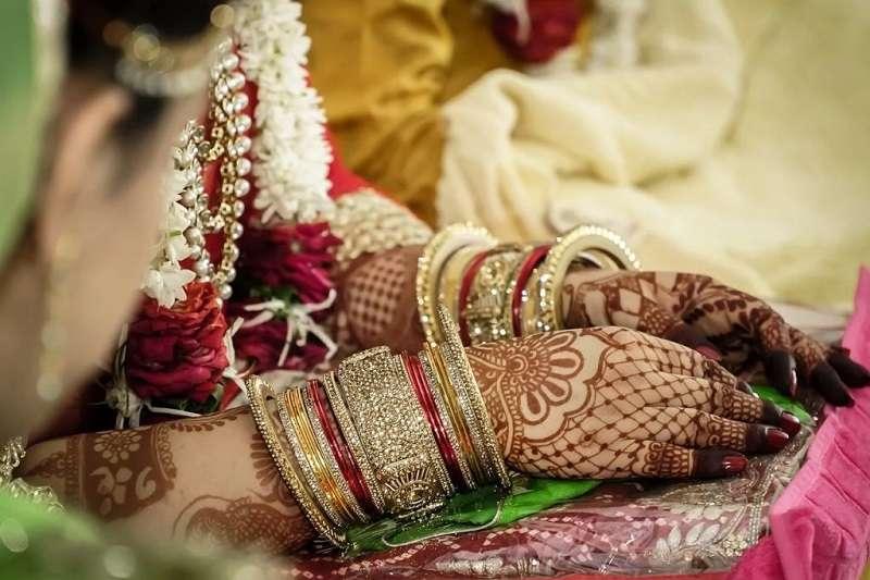 在印度,Henna是印度新娘必要的彩繪藝術,甚至還有「No Mehendi, No Marriage」的說法。(圖/城市美學新態度)