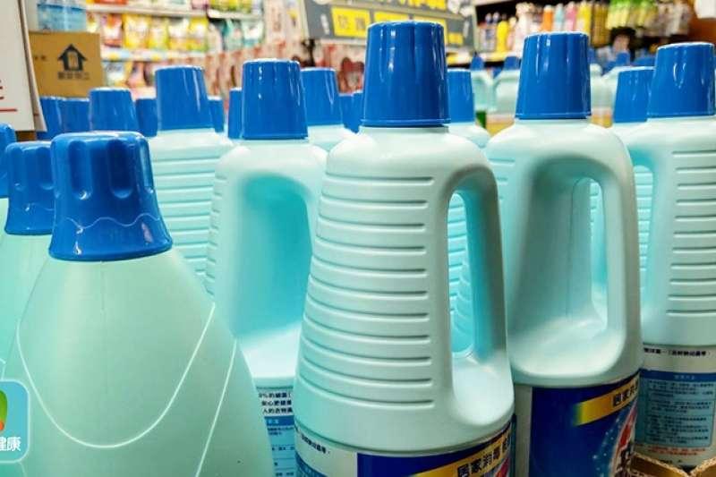 漂白水是成本低又非常有效的殺毒工具,用在環境消毒非常好用,但不適合用於身體。圖/NOW健康