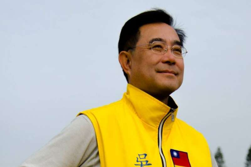 今天是七七抗戰紀念日,新黨主席吳成典在臉書發文諷刺政府「自我感覺良好」。(資料照,取自吳成典臉書)