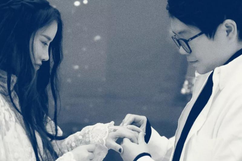 楊夕與劉婷在武漢舉辦了婚禮。(圖/無所不JI)