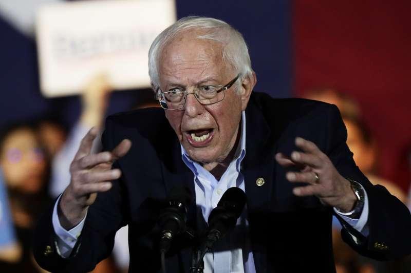 美國媒體批評桑德斯的激進主張,恐讓美國陷入醒不過來的衰退噩夢。(AP)