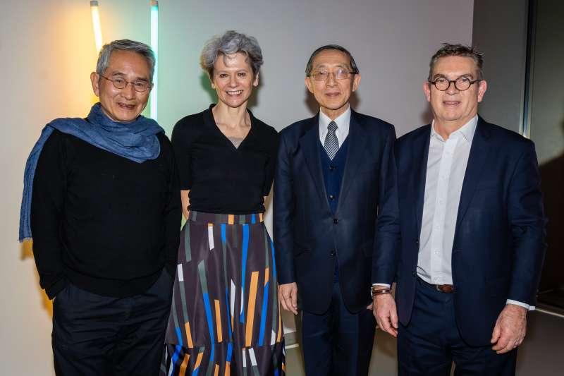 左起為林懷民、瑪克蘿、駐英國代表處大使林永樂及三一拉邦校長安東尼鮑恩。(圖/文化部提供)
