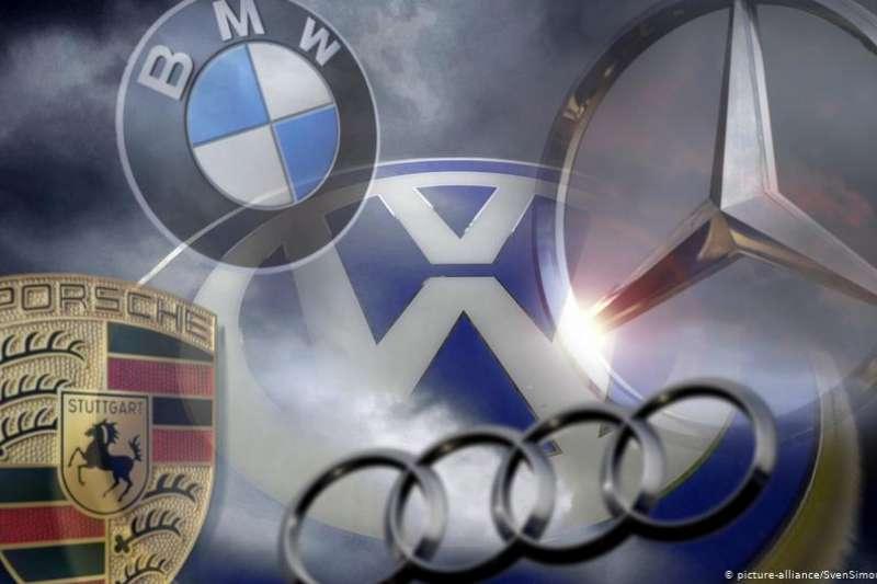 作為德國經濟的中流砥柱,最受新型冠狀病毒影響的產業當屬德國汽車業。但在危機中,依托互聯網發展的汽車企業既感受到了「危險」,也看到了「機會」。(圖/德國之聲)