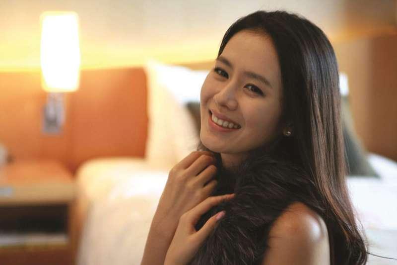 孫藝珍是韓國家喻戶曉的女星,參與不少戲劇、電影,在韓國有「愛情劇女王」之稱。(圖/取自IMDb)