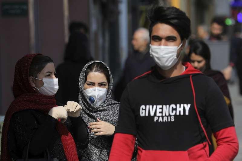 2020年2月,武漢肺炎(新冠肺炎)疫情在伊朗大規模爆發(AP)