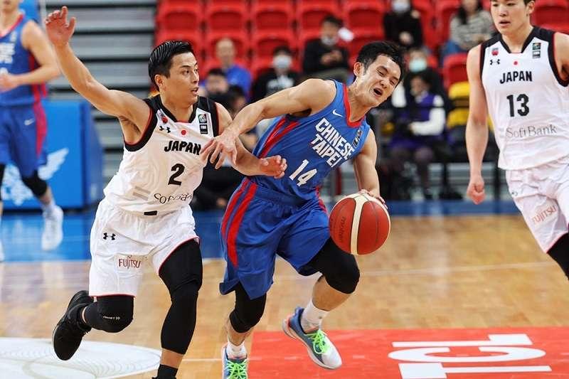 中華隊遭到日本迎頭痛擊,最終以39分之差慘敗。(圖片取自FIBA官網)