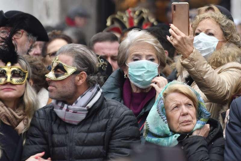武漢肺炎:義大利北部嚴防疫情擴大,威尼斯嘉年華會提早2天結束(AP)