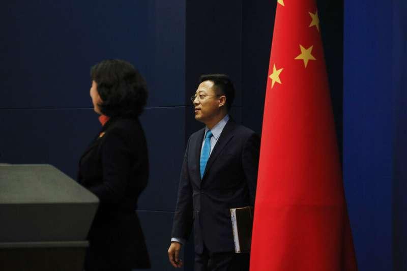 以鷹派發言著稱的中國外交部新聞司副司長趙立堅以發言人身分亮相。(美聯社)