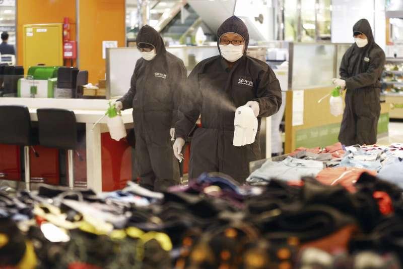 南韓疫情快速升高,確診人數已逼近900人。(美聯社)