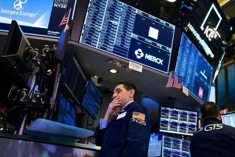 財經專欄作家維納(Danny Vena)撰文指出,歷史上來說股市崩盤只是時間問題,投資人應盡快做好7大準備迎戰下次崩盤。(資料照,美聯社)