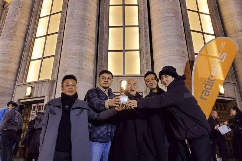 導演蔡明亮新作「日子」獲頒柏林影展泰迪熊評審團獎。(汯呄霖電影提供)