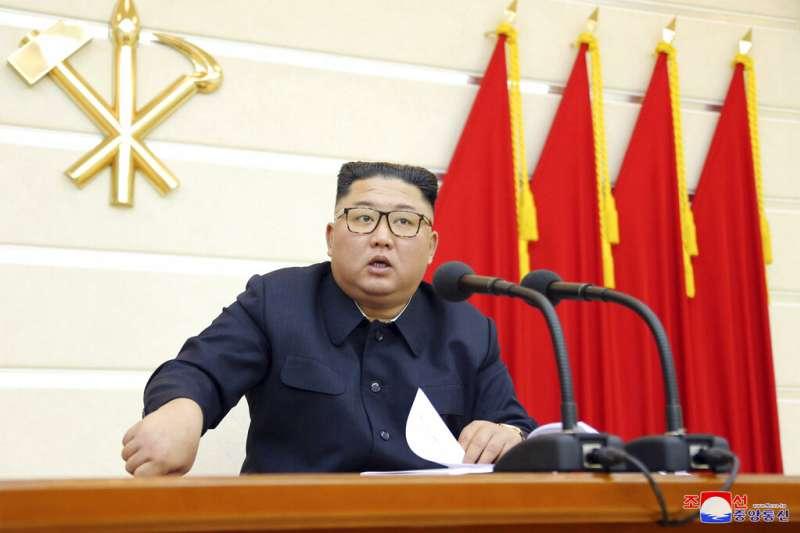 北韓中央通信社(KCNA)2月29日報導,領導人金正恩警告黨內高層官員,若無法防堵武漢肺炎疫情在國內爆發,恐面臨「嚴重後果」。(AP)