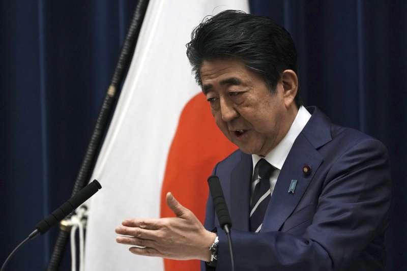 日本武漢肺炎(新冠肺炎)疫情越來越嚴重,首相安倍晉三壓力沉重(AP)
