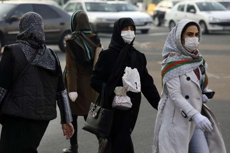 2020年3月,武漢肺炎(新冠肺炎)重創中東大國伊朗,確診與死亡病例不斷飆升(AP)