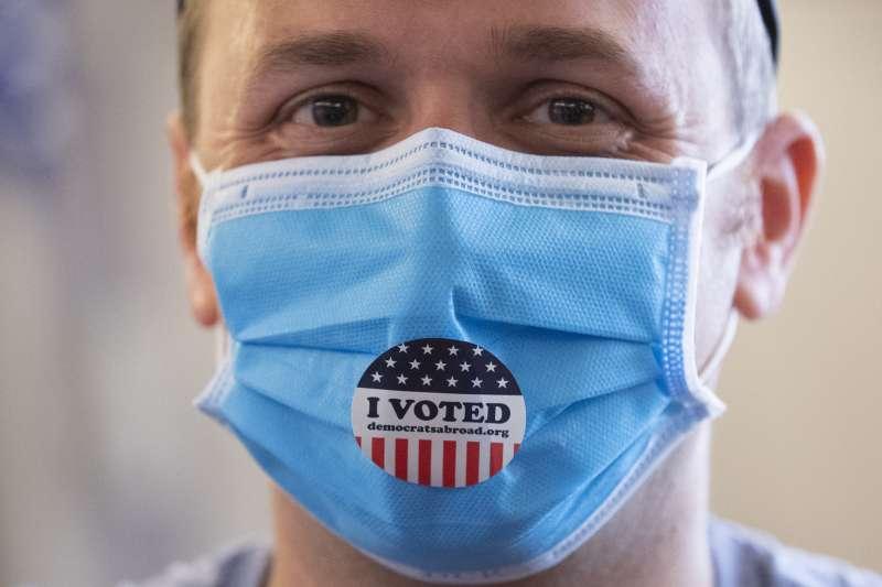 美國受到武漢肺炎疫情影響。(AP)