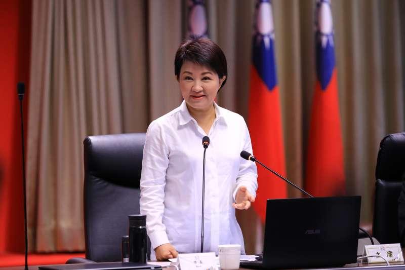 台中市長盧秀燕在市正會議中,提醒校園防疫,多管齊下。(圖/台中市政府提供)