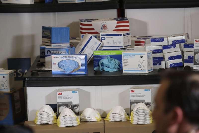 2020年3月,美國武漢肺炎(新冠肺炎)疫情升溫,各地開始儲備醫療物資(AP)