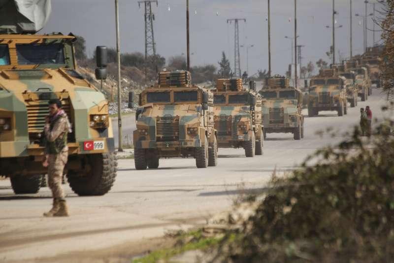 土耳其介入敘利亞內戰,土耳其軍隊在伊德利卜省。(AP)
