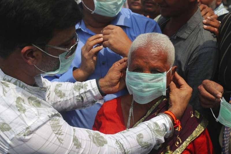 印度武漢肺炎(COVID-19、新冠肺炎)病例激增,引發公衛憂慮。(AP)