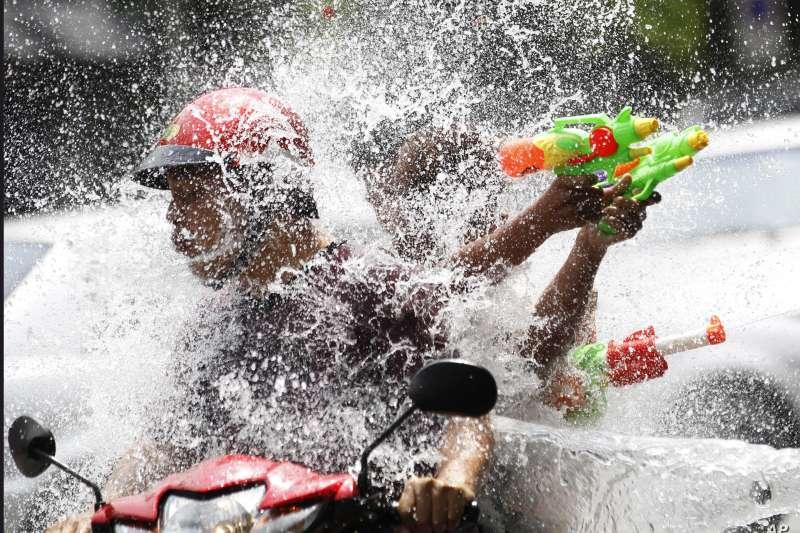 今年武漢肺炎疫情延燒,泰國好幾個地方都取消宋干節慶祝活動(美聯社)